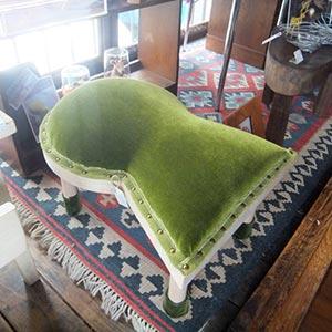 古墳椅子の写真